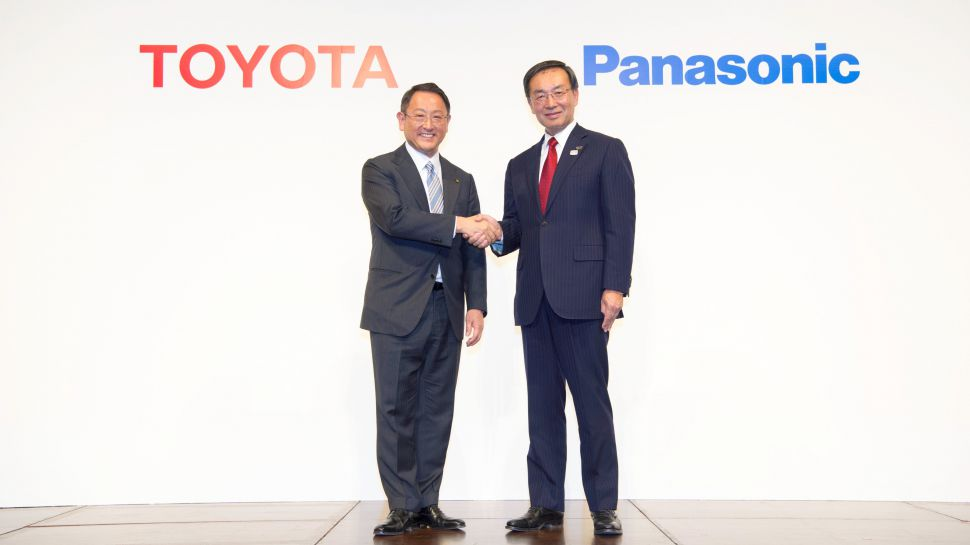 Toyota Panasonic Smart Homes Connect Vehicles Smart Devices
