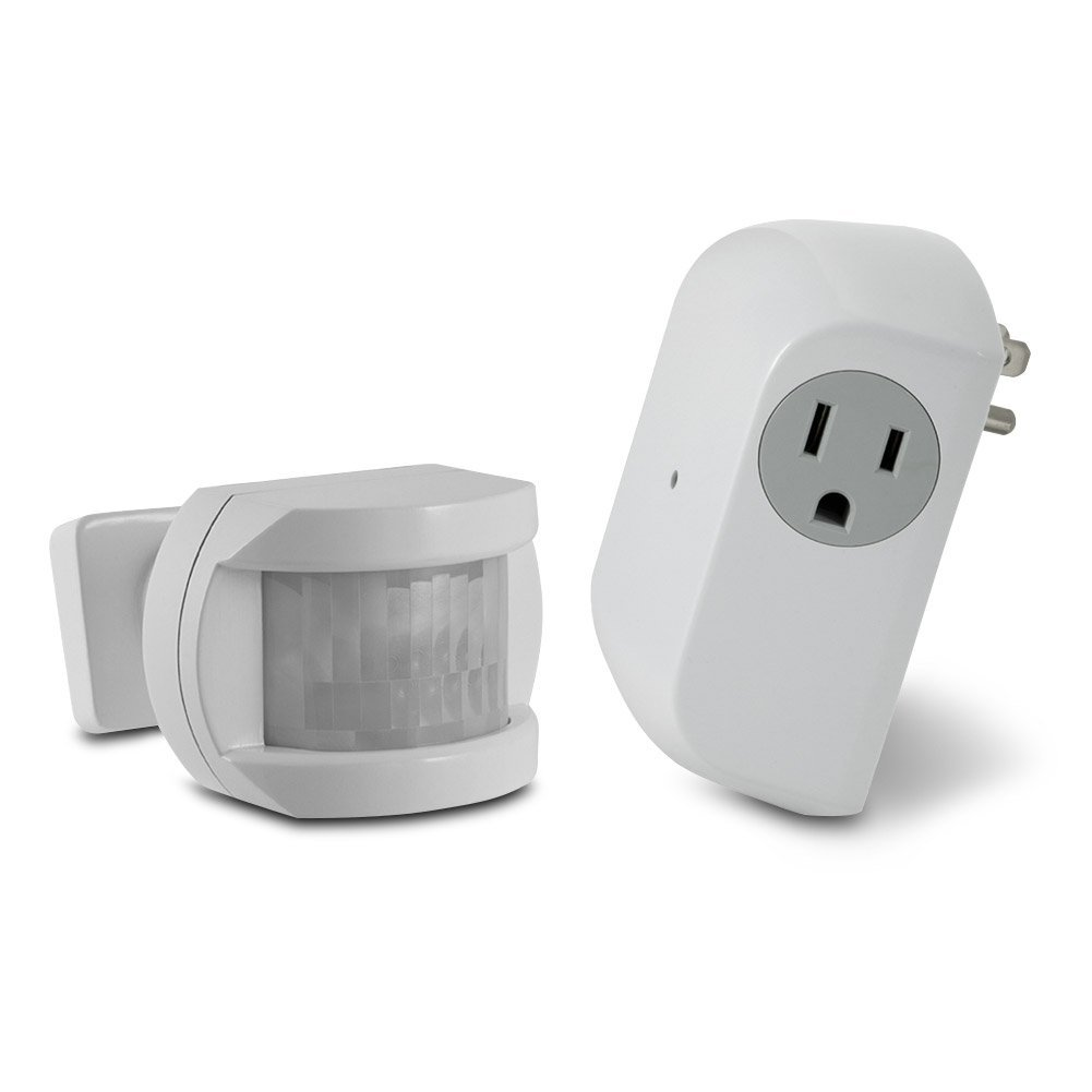 Utilitech White Motion Sensor Dusk-to-Dawn Light Control